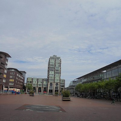Stadsplein 102,view from entrance Bibliotheek Amstelland