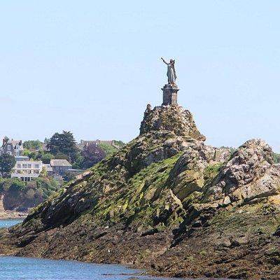 Залив Saint-Malo.
