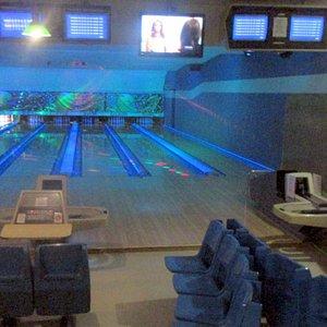 Gilroy Bowl, Gilroy, CA