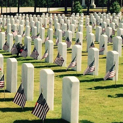 Touching remembrance ceremony on Memorial Day