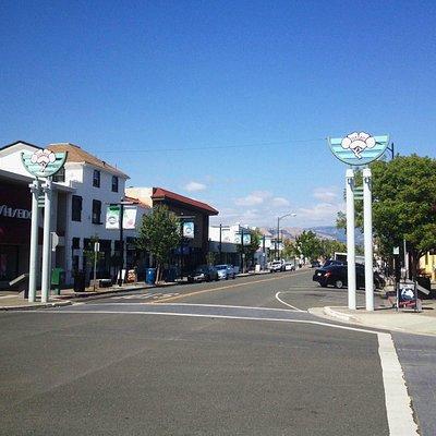Jackson Street on a Wednesday
