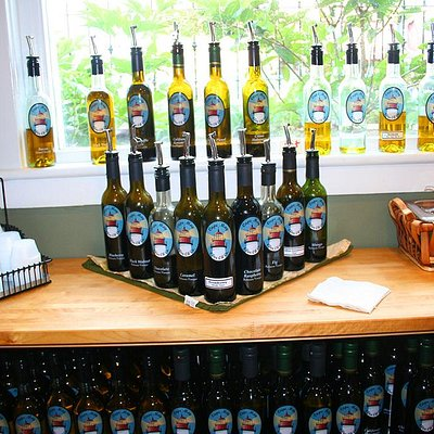 Over 25 Olive Oils to Choose From!