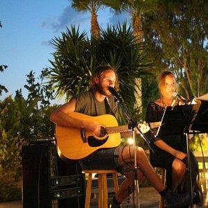 Live music With Eric&Ellen