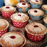 Cherry Bakewell cupcakes ��