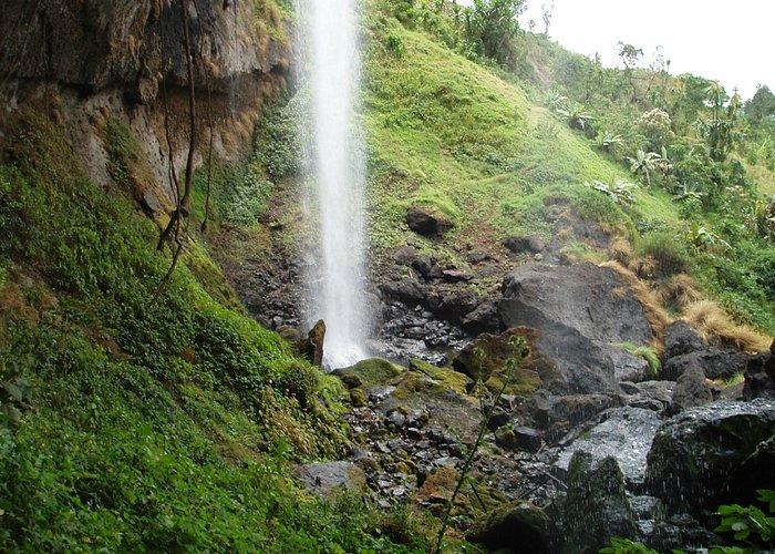 Closeup underneath the Falls