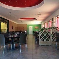 La carte des menus et la salle du restaurant !