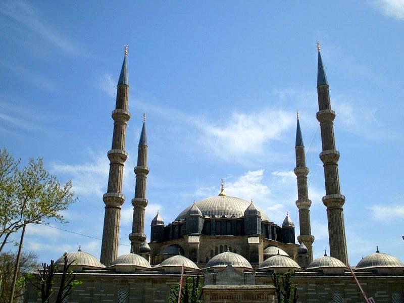 Selimiye cami karşıdan