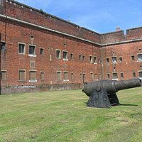 Cannon outside Fort Widley