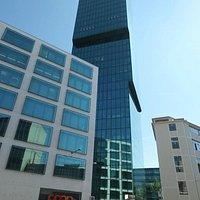 Links der Cube - Mitte der Prime Tower - rechts das Diagonal