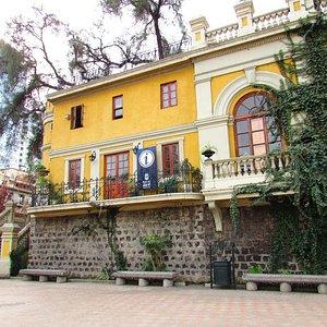 esta oficina fica no Cerro Santa Luzia