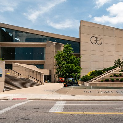 EJ Thomas Hall on the UA Campus