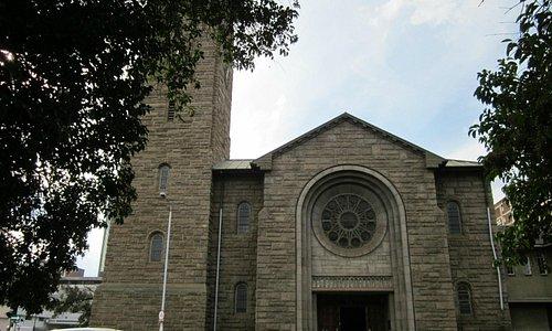 美しいレンガ造りの教会