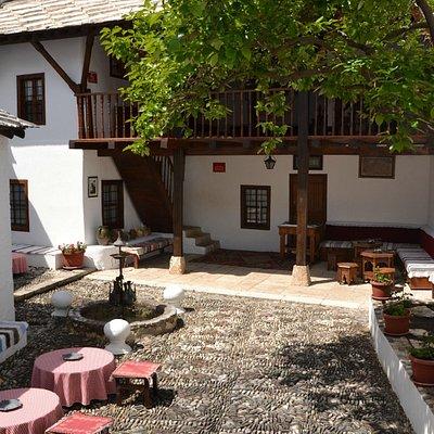 Bišćević house