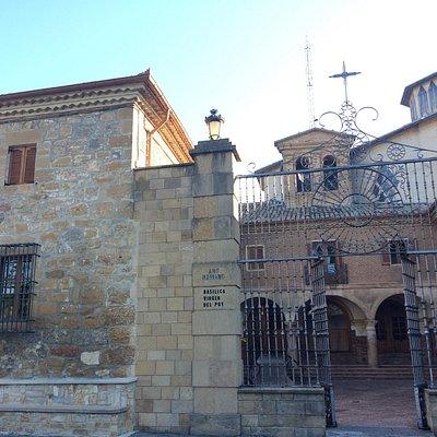 Basílica de Nuestra Señora del Puy