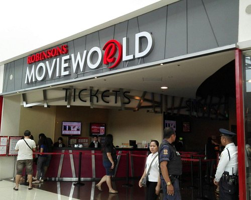Outside mall and outside Movieworld