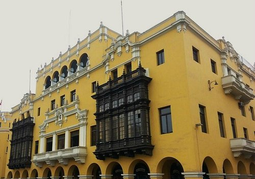 Il Palazzo dall'esterno