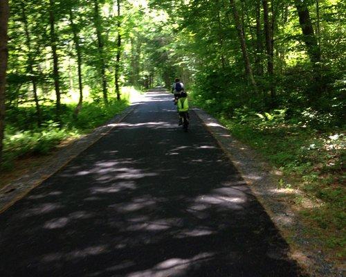 Beautiful paved bike trail!
