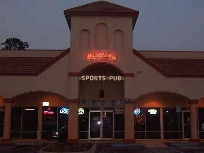 Halftime Sports Pub in Daytona Beach