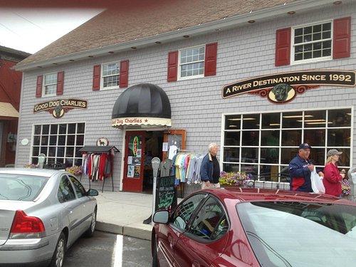 Good Dog Charlie's - storefront