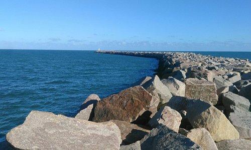 Praia Molhes da Barra