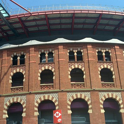 Areną przy Płaza España w Barcelonie