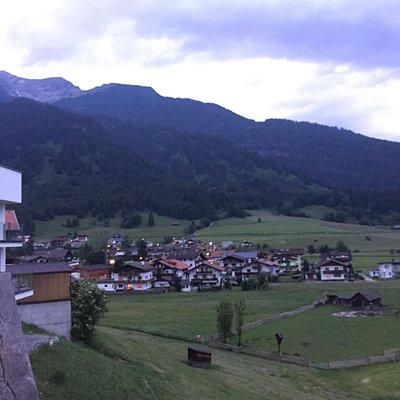Lermoos é uma cidadezinha bem pequena, mas muito charmosa. Estávamos em Garmisch e fomos passear