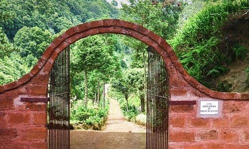 The entrance of Jardim Botanica Da Ribeira Do Guilherme