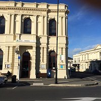 Oamaru I-SITE can be found in this gorgeous Oamaru stone building on the corner of Thames and It