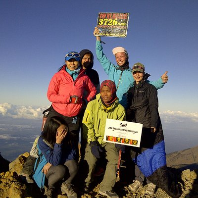 Rinjani Summit Tour