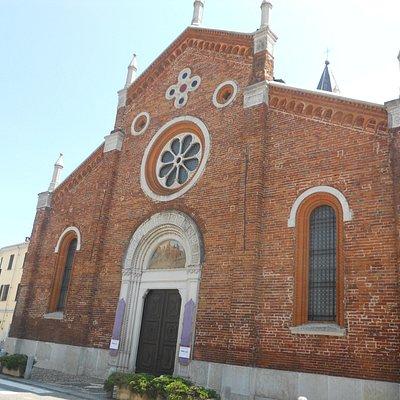 La facciata della Parrocchiale