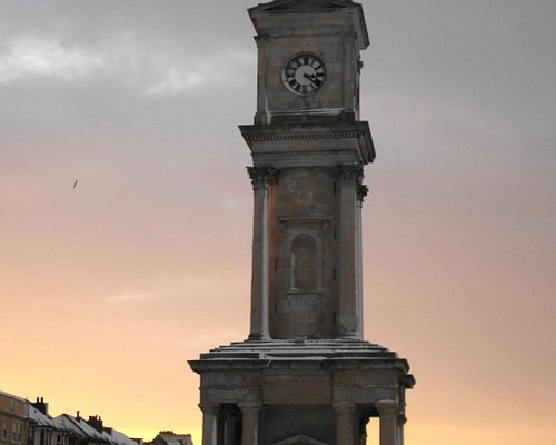 Herne Bay Clock Tower in the snow at sunset (pre-2015 restoration)
