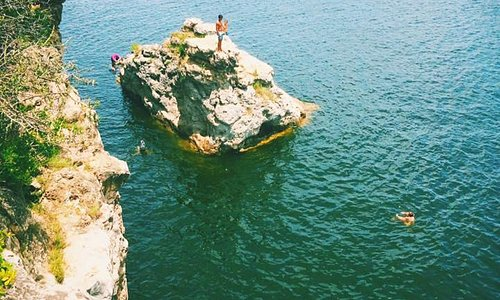 45' cliff jumping at Pace Bend Park