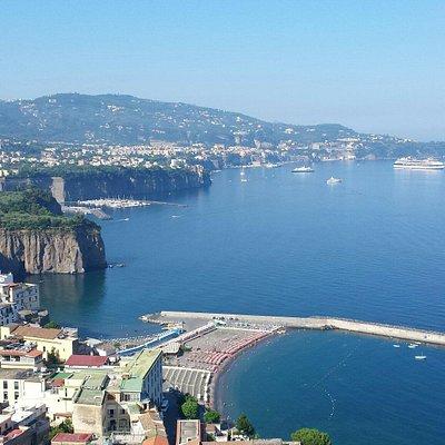 Sorrento Tour Guide