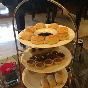 Afternoon tea in the Rasa Sayang Lounge is lovely.