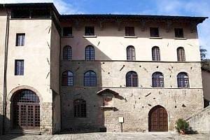 Il Palazzo del Podestà (XIII sec)