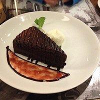 Nutela cake and ice cream