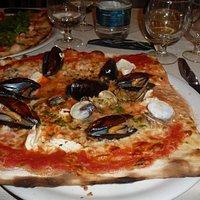 pizza flambè di mare