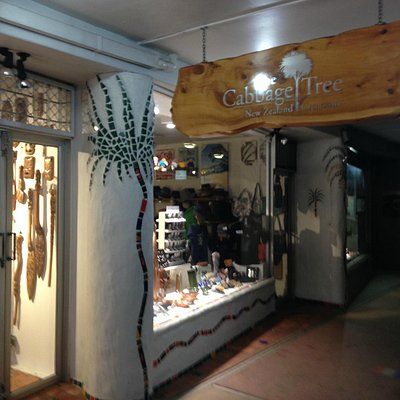 The Cabbage Tree Shop - Paihai