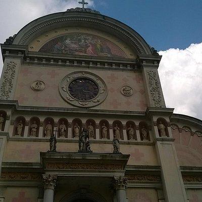 Facciata della Chiesa di Pieve di Cadore