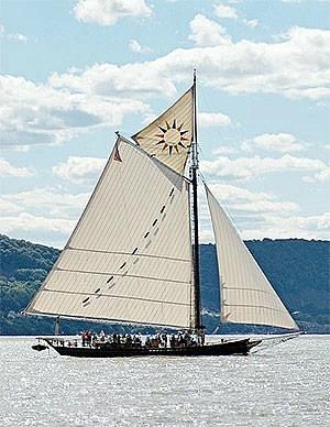 Hudson River Sloop Clearwater