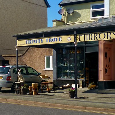 Tinity Trove, Llandudno