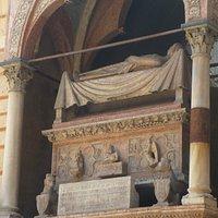 カングランデの石棺