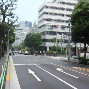 品川駅方面を見る