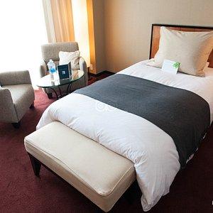 The Deluxe Twin Room at the Hotel Granvia Kyoto