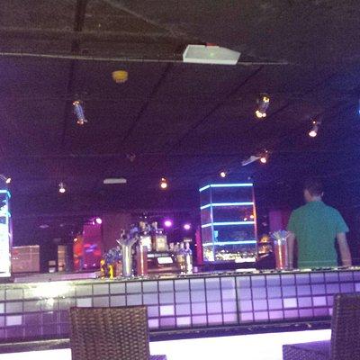 Bar w Tropicana