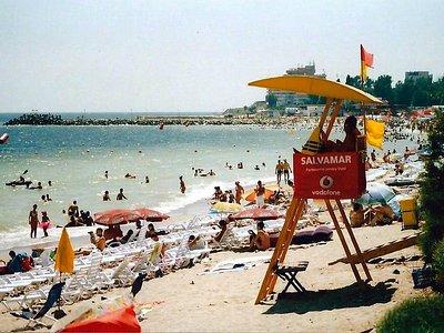Praia central de Costinesti, Romenia