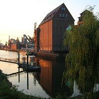 Getreidemühle Roland am Holzhafen