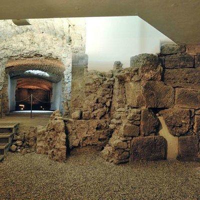 Criptoprtico Romano di Porta Ascolana Reperti dal IX al III sec. a.C