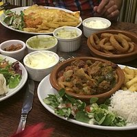 Mains - Chilli, Enchillada, Onion rings and dips