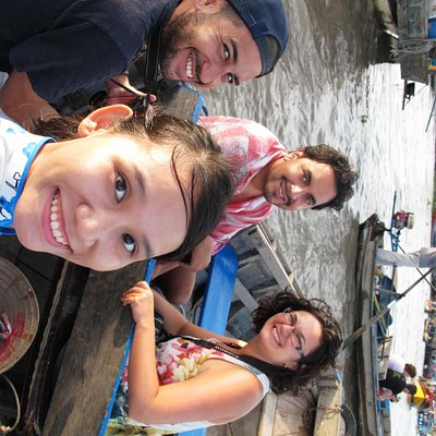 The floating market tour